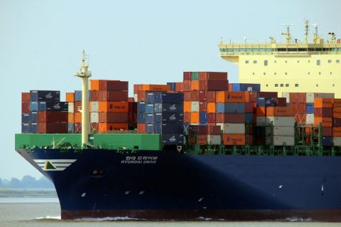 The world's largest shipping company is setting up a research center to decarbonize the industry