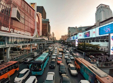 This is how cities can overcome their growing transport pains